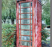 Red Telephone Booth by maventalk
