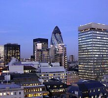 London skyline by ALAN BOWSKILL