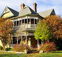Spooky - Old Victorian Home in Waxahachie, TX by plsphoto
