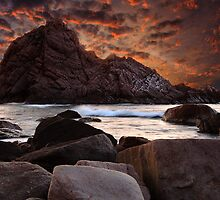 Sugarloaf Rock by Sheldon Pettit