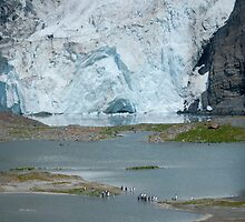 Bertrab hanging glacier by Rosie Appleton