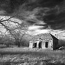 Abandoned farmhouse by Sherry Adkins