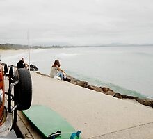 Byron Bay  by victoria  tansley