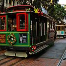 Xmas Cable Car, San Francisco 2010 by Bob Moore