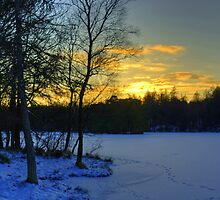 Winter Sunset At High Dam by VoluntaryRanger