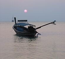 Sunset over Raleigh Beach, Thailand by suellewellyn
