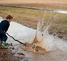 Splash! A little boy's simple pleasures . . .  by Bonnie T.  Barry