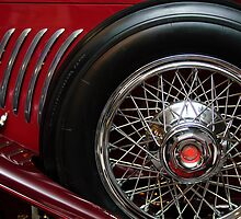 1931 Duesenberg Model J Convertible Sedan Spare Tire by Jill Reger