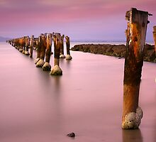 Old pier after Sunset - Clifton Springs by Hans Kawitzki