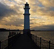 Newhaven Lighthouse by Matthias Keysermann