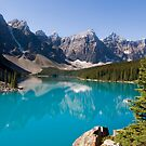 Moraine Lake, Banff National Park Canada by Oscar Gutierrez