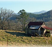 Little barn on the hill by PaulaPixs