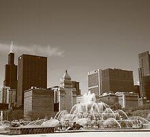 Chicago Skyline and Buckingham Fountain by Frank Romeo