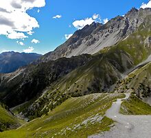 Hiking in the Alps by mamba