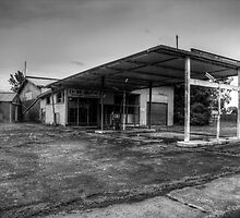 Abandoned gas station by David Gray