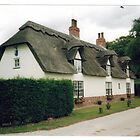 Thatched Cottage in the Lincolnshire Wolds . by Margaret Roberts