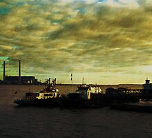 Gravesend Ferry & Tilbury power station by buttonpresser