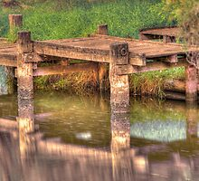 Murray River Jetty by Peter Rattigan