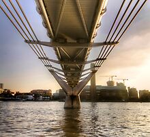 Millenium Bridge Sunset - London by 4colourprogress