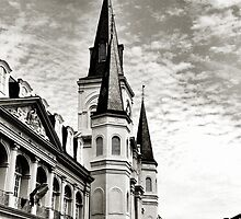 New Orleans by luckylarue