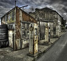 Disused Petrol Garage - Snowdonia by Peter Thomas