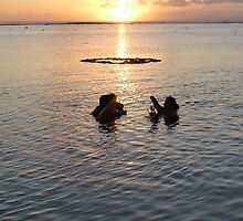 25th Dec 2010....draws to a close in Rarotonga... by peterfrench
