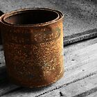 The Rusty Paint Tin by Sprinkla