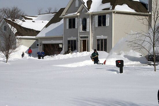 Neighbors Digging Out by kkphoto1