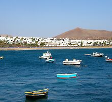 Costa Teguise bay by João Figueiredo
