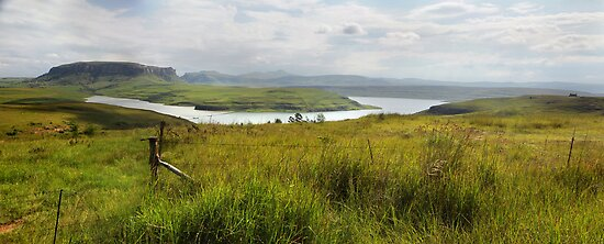 Sterkfontein Dam, South Africa by Sharon Bishop