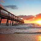 Dawn on the Spit - Gold Coast Qld by Beth  Wode