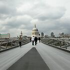 Millenium Bridge by robigeehk