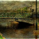 Jubilee Bridge by Catherine Hamilton-Veal  ©