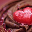 heart cupcake by weglet