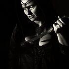 La femme avec le poignard II by ARTistCyberello