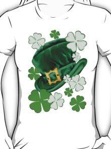 Irish Hat and Shamrocks  T-Shirt
