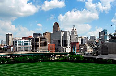 Cincinnati SkyLine 2 by Phil Campus