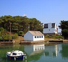 Anse Kerdelan, Golfe du Morbihan by Liz Garnett