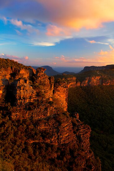 Boar&#x27;s Head Rock, Katoomba, NSW. by Andy Newman
