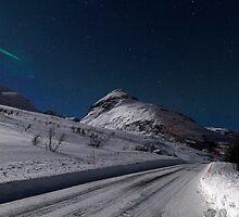 Winter road by Frank Olsen