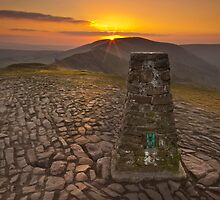 Mam Tor Sunset Pt 1 by picturistic