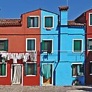 Burano-washing day by Luisa Fumi
