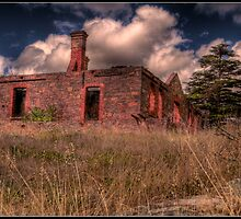 Old Farmhouse by Peter Rattigan