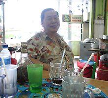 Happy Dad with drinks by eddiebotha