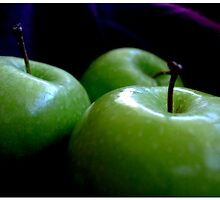 Green Apples by Vanessa Serroul
