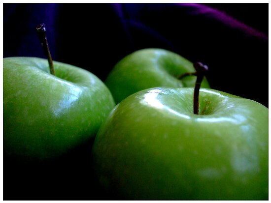 Green Apples by Vanessa Serroul