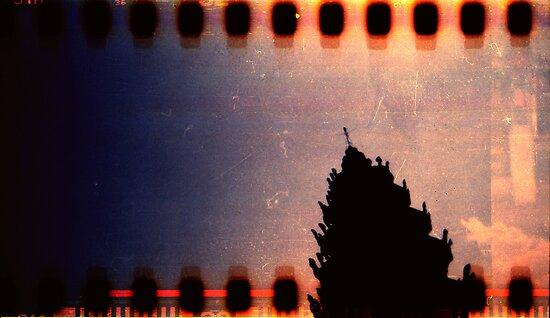 monument, kampong chnang, cambodia by tiro