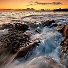 Bundeena dawn by Geraldine Lefoe