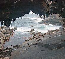 Admiral's Arch, Kangaroo Island, South Australia by Adrian Paul
