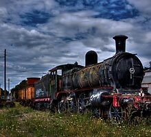 Train HDR by Daniel Sallai